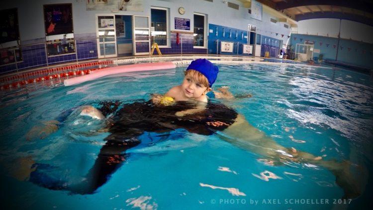 Να πηγαίνει το παιδί κολυμβητήριο το χειμώνα;